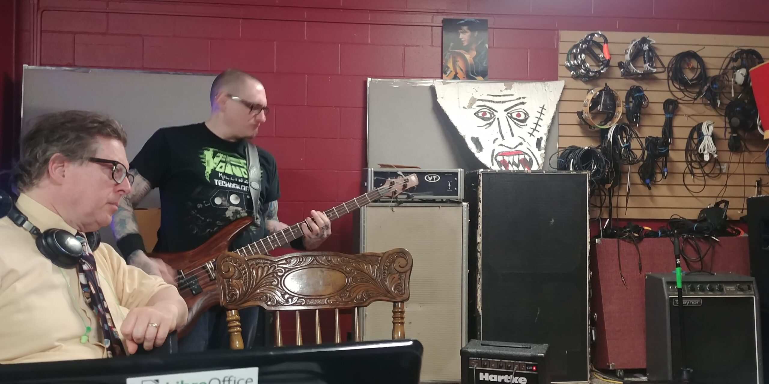Concentrating on the Music - Bob Jonkman with Kevin Paisley of Parallax Error