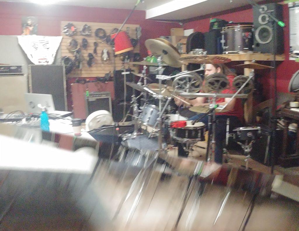 The Art Shot - Sam Hill of Parallax Error in the Elvis Freshly Studio